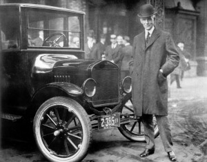 Henry-Ford-next-to-Model-T-1921-From-the-Collections-of-The-Henry-Ford-1024x804